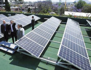 Apuesta GDF por energía limpia para alumbrado público