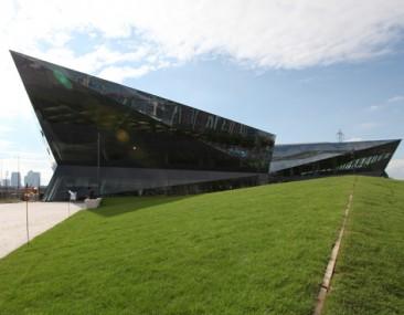 Londres inaugura 'The Crystal', un edificio del futuro