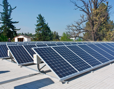 Chile: UNAB cubrirá el 40% de sus necesidades energéticas con paneles fotovoltaicos