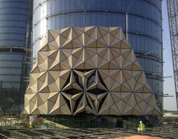 Los edificios de Abu Dabi 'visten' una cubierta para guardar energía