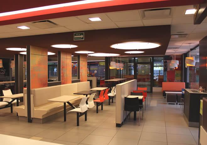 El restaurante ecol gico de mcdonald s obtuvo la for Mobiliario y equipo para restaurante