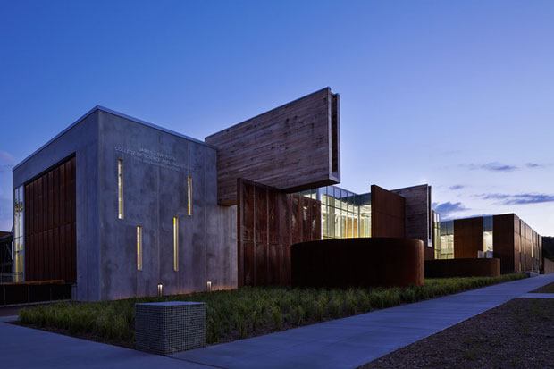 Swenson Civil Engineering Building, Duluth, Minnesota / Ross Barney Architects y SJA Architects
