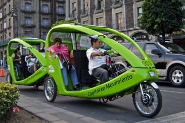 La Ciudad de México regulará el uso de bicitaxis