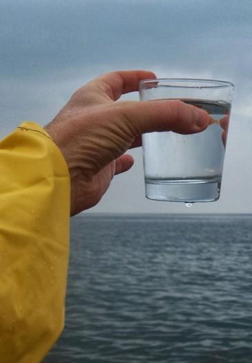 Mexicana transforma agua salada en potable