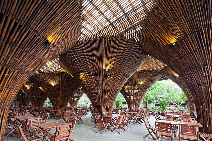 Kontum, un café hecho con bambú
