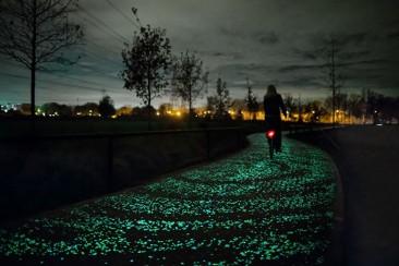 """Una ciclovía solar inspirada en """"La noche estrellada"""" de Van Gogh"""