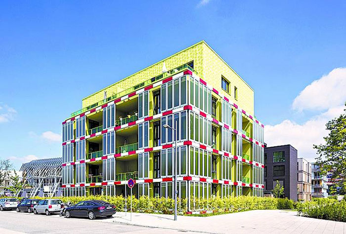 fachada-agua-algas-produce energía-2
